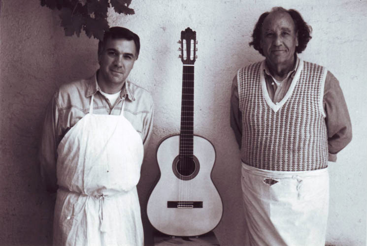 http://www.paulinobernabe.com/images/Paulino-Img1H.jpg